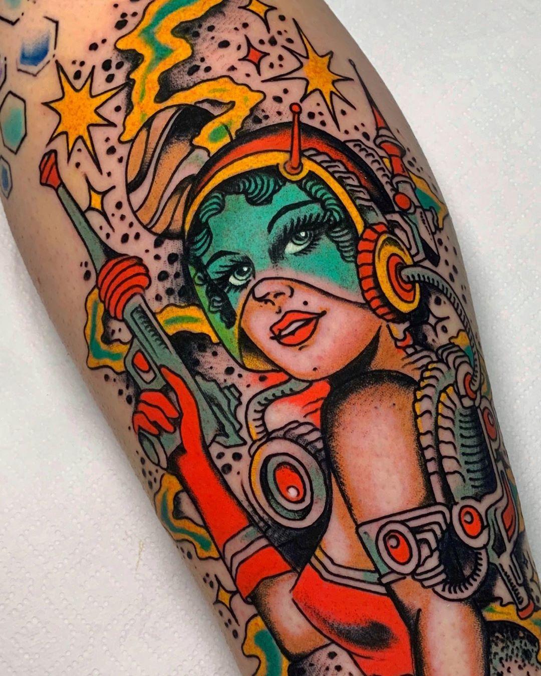 american-classic-tatto-style-lady-color