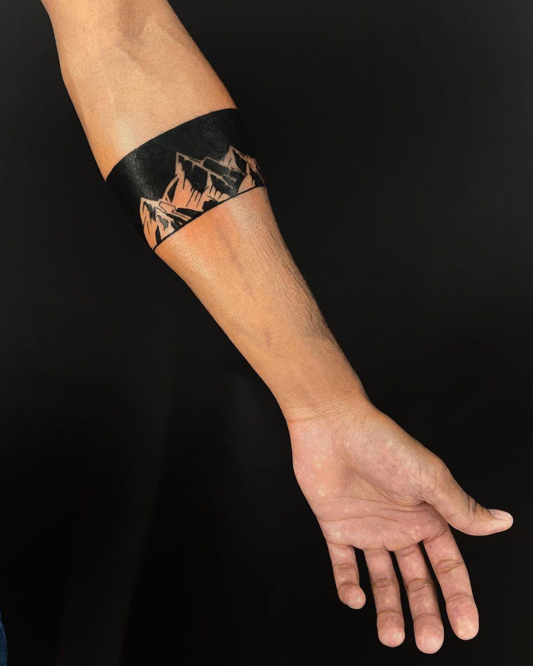 band-tattoo-style