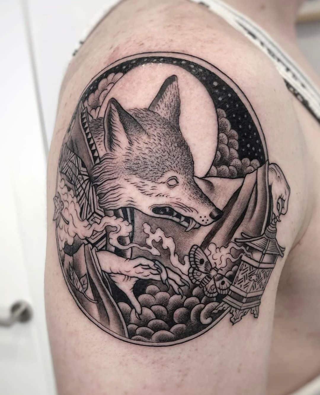black-and-grey-tattoo-style-fox