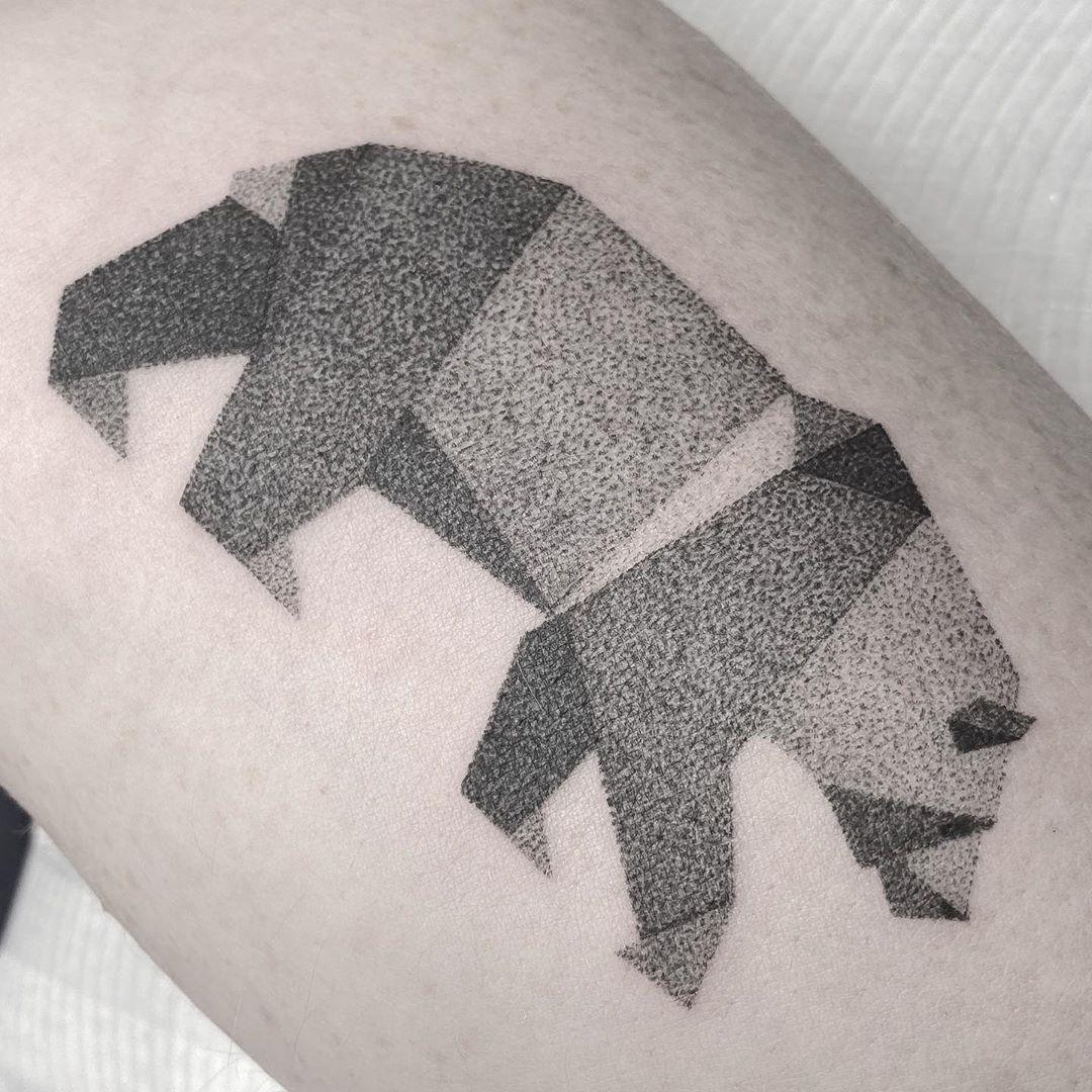 polygon-tattoo-style-bear