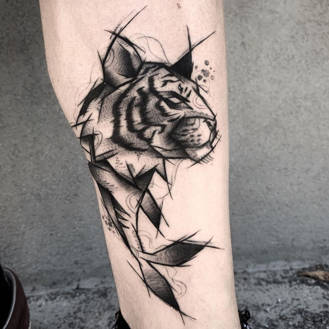 sketch-tattoo-style-tiger