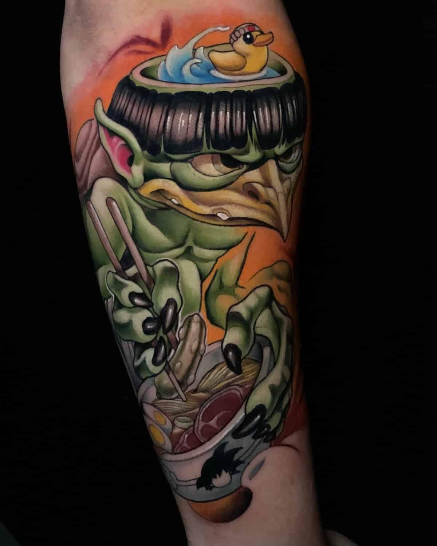 hornet-new-school-tattoo-style