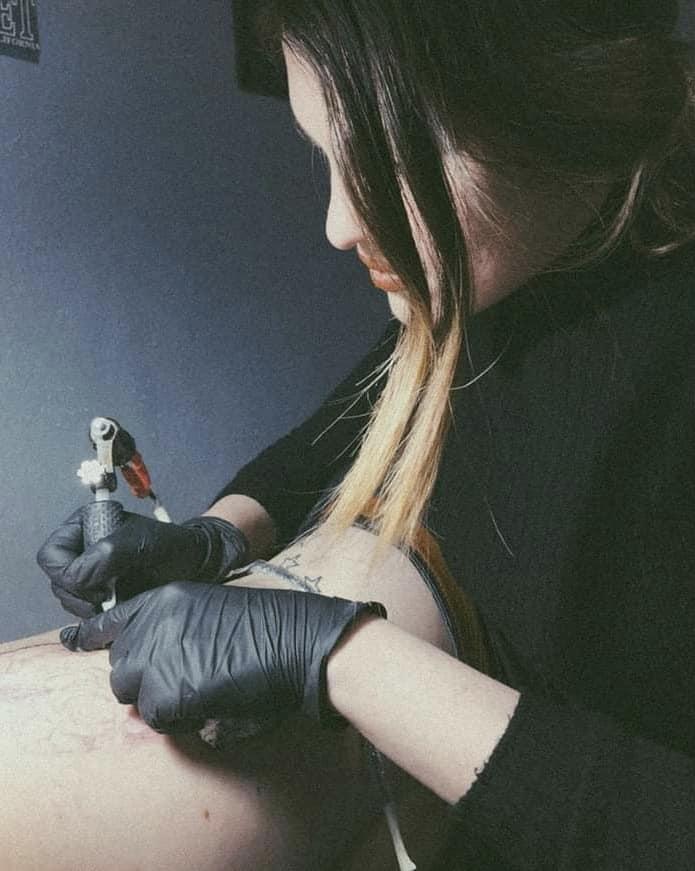 elizabeth-gein-tattoo-artist
