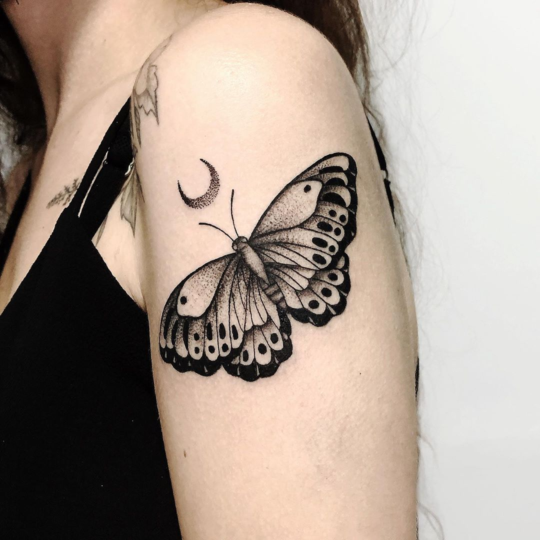 moth-tattoo-meaning