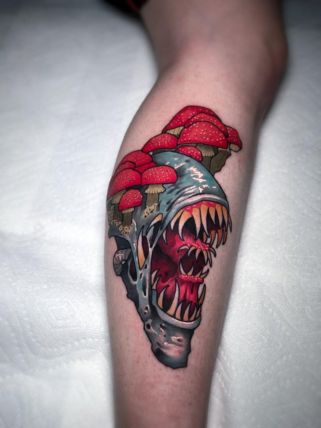 igor-puente-tattoo-artist-alien