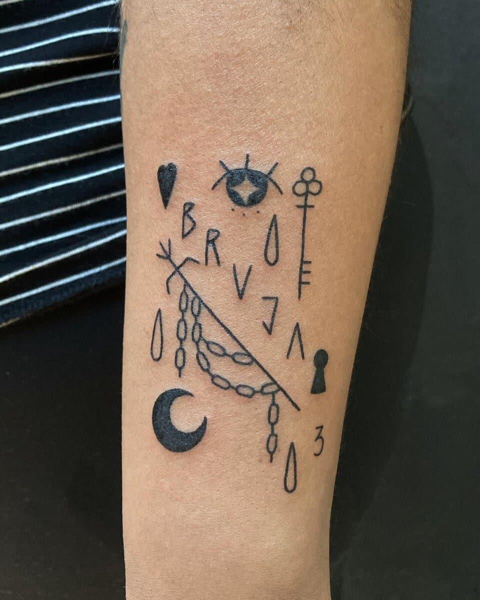 javiera-vidal-tattoo-artist-arm-bruja