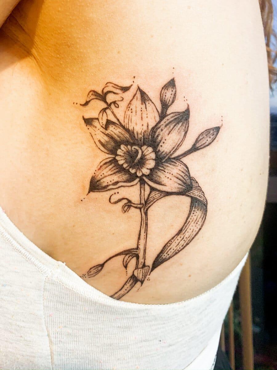 katia barria tattoo artist flower