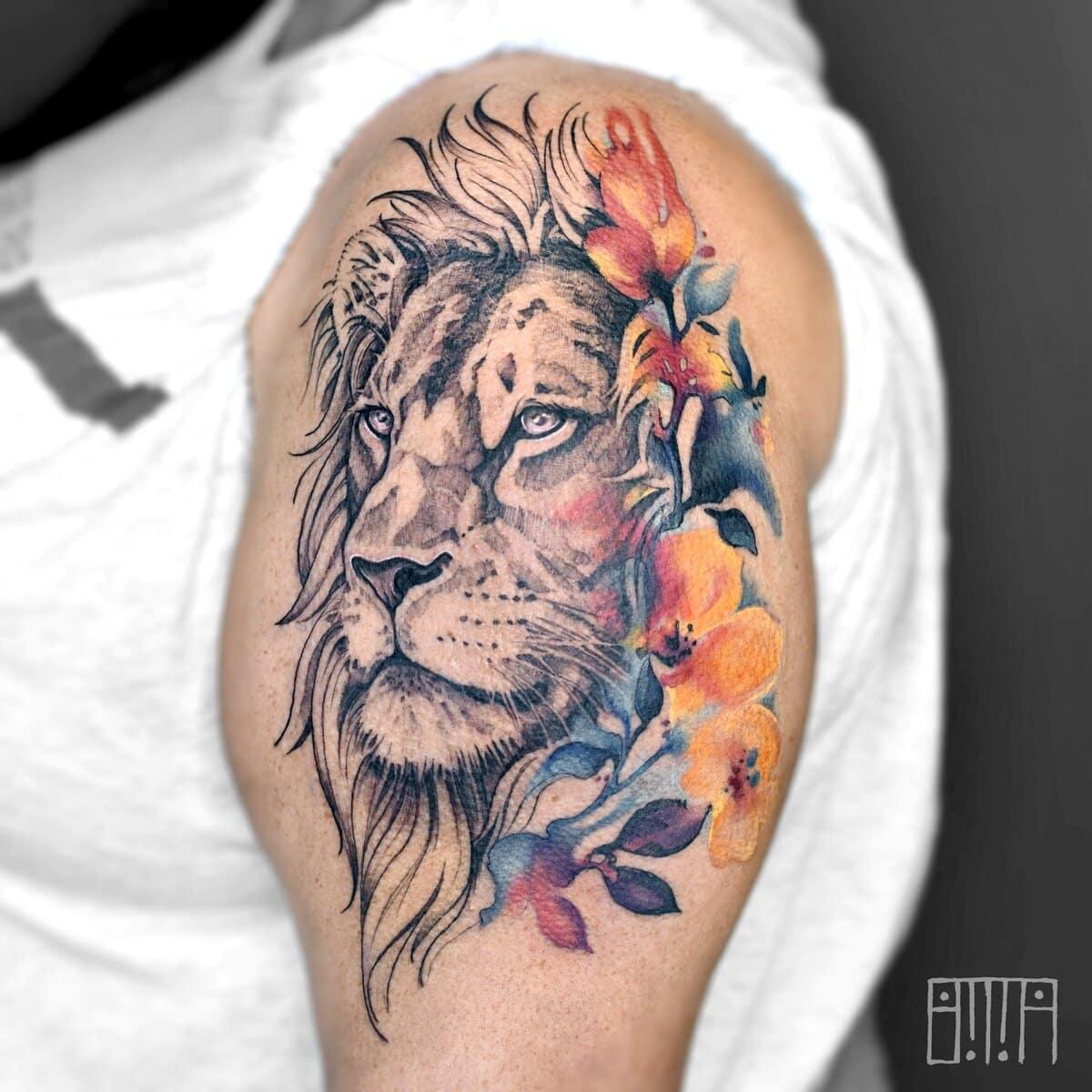emma-larkin-tattoo-artist-lion