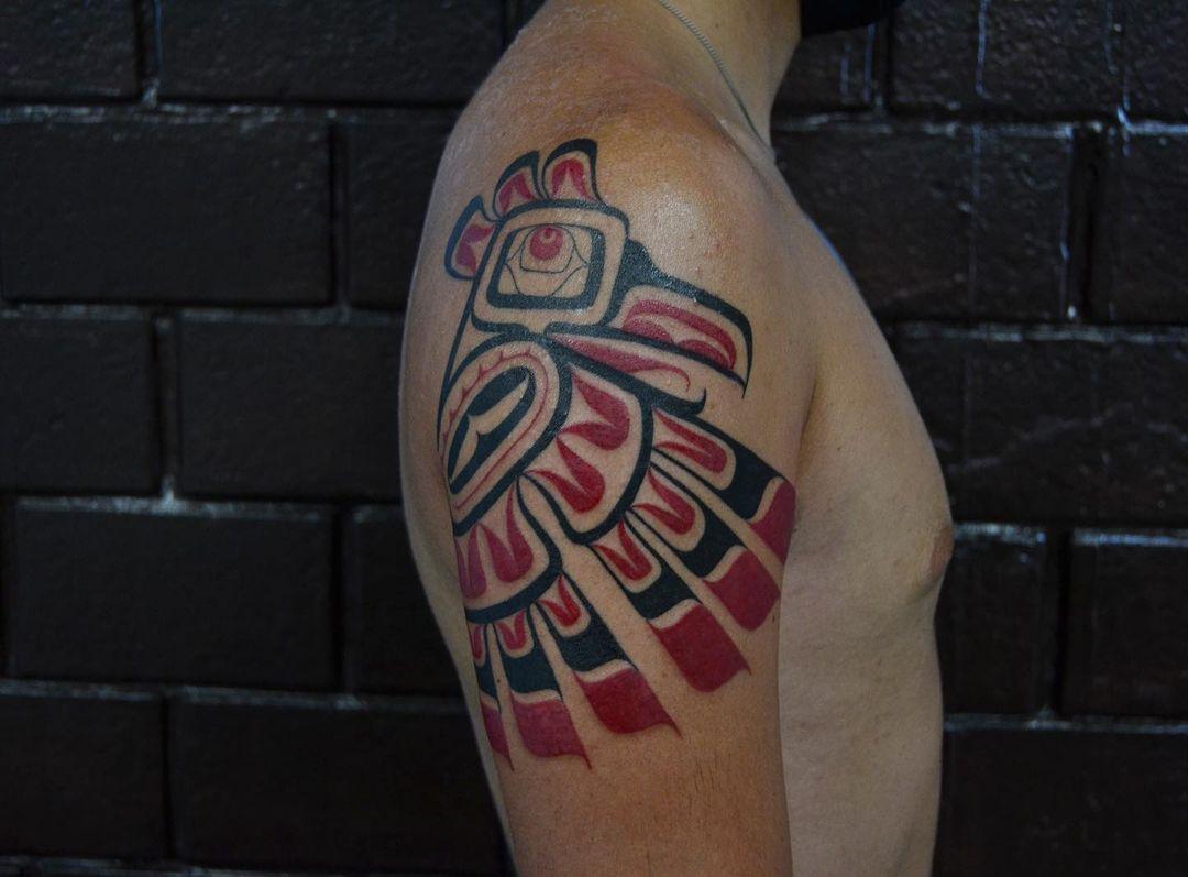 haida-tattoo-eagle-shoulder