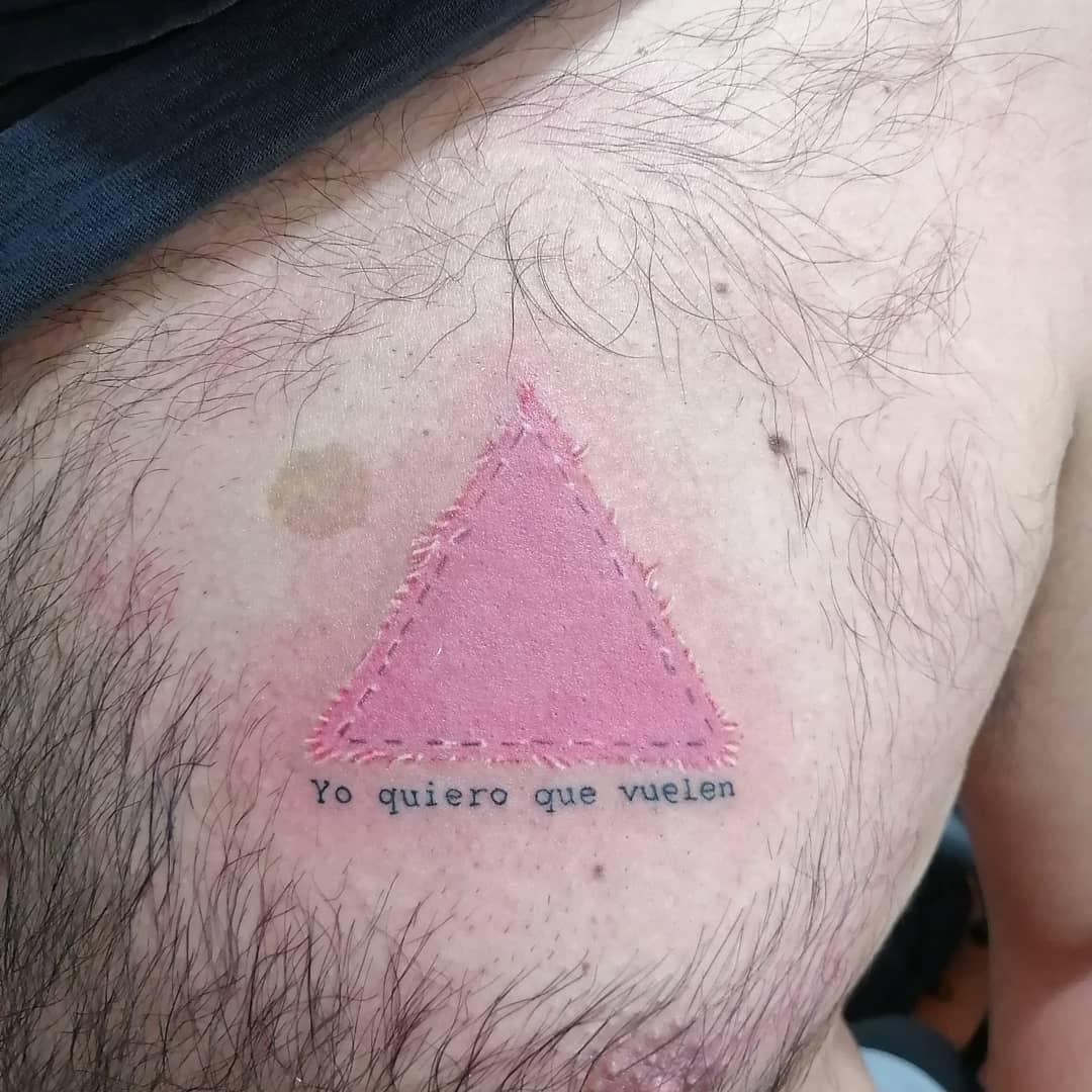 juliana-fuenzalida-tattoo-artist-pink-sticker