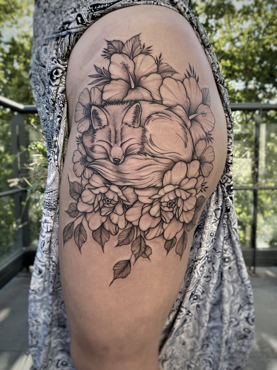camila-camps-tatoo-artist-fox-leg