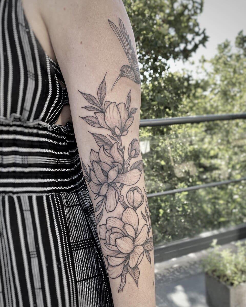 camila-camps-tattoo-artist-hummingbird