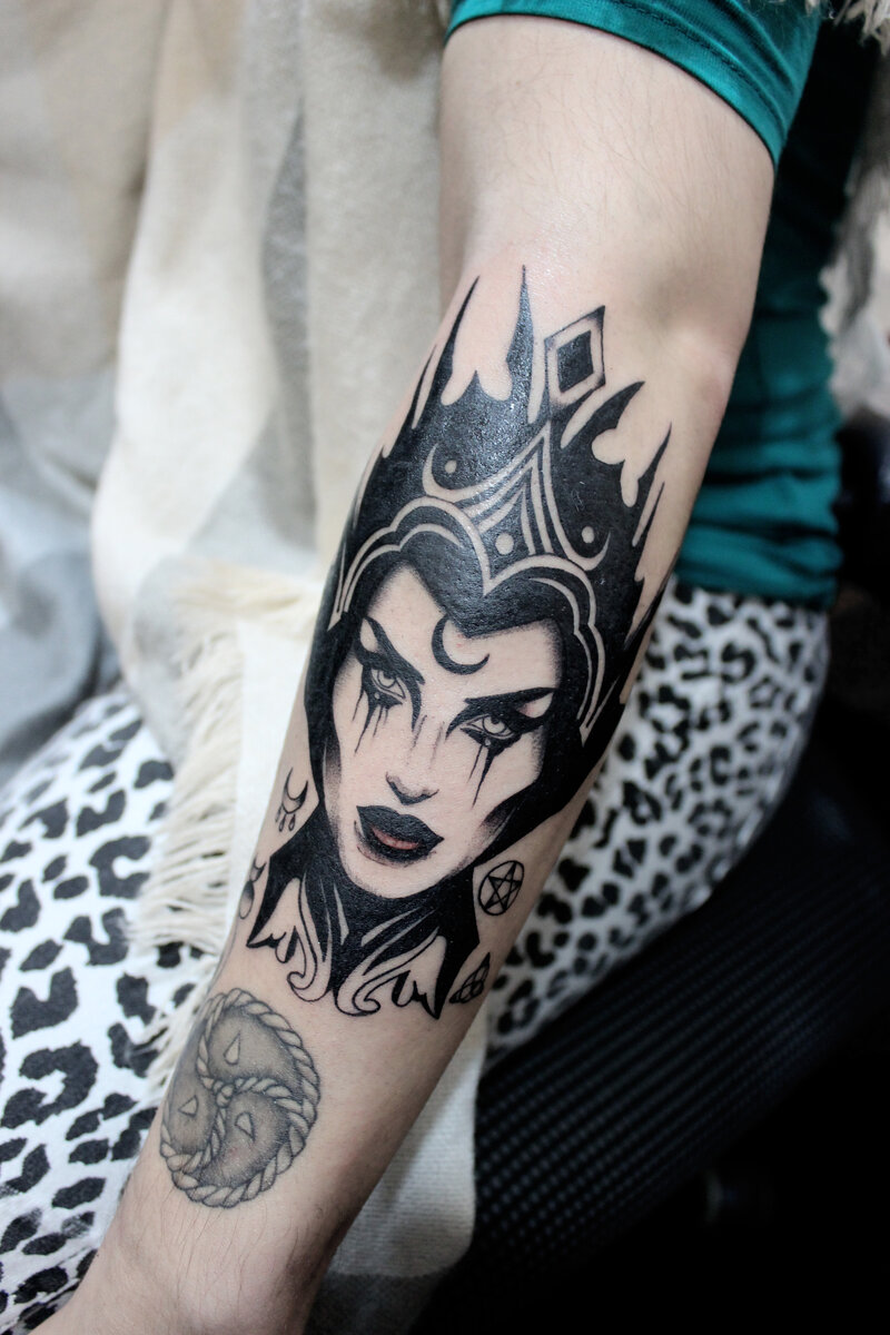 patricia-ortega-lilith-tattoo-artist-malefica