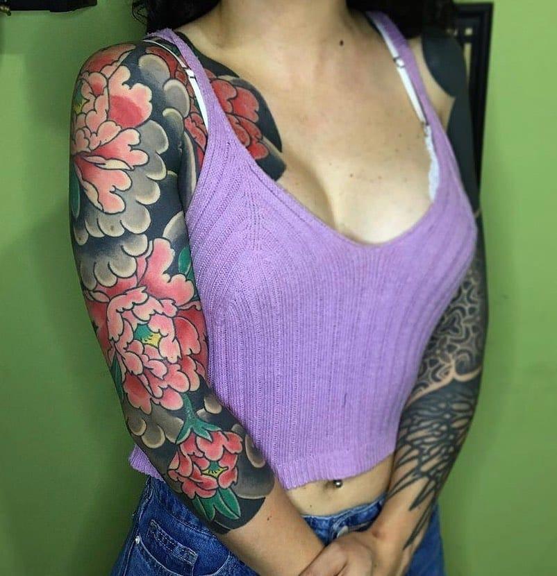 japan-shoulder-tattoo-flowers