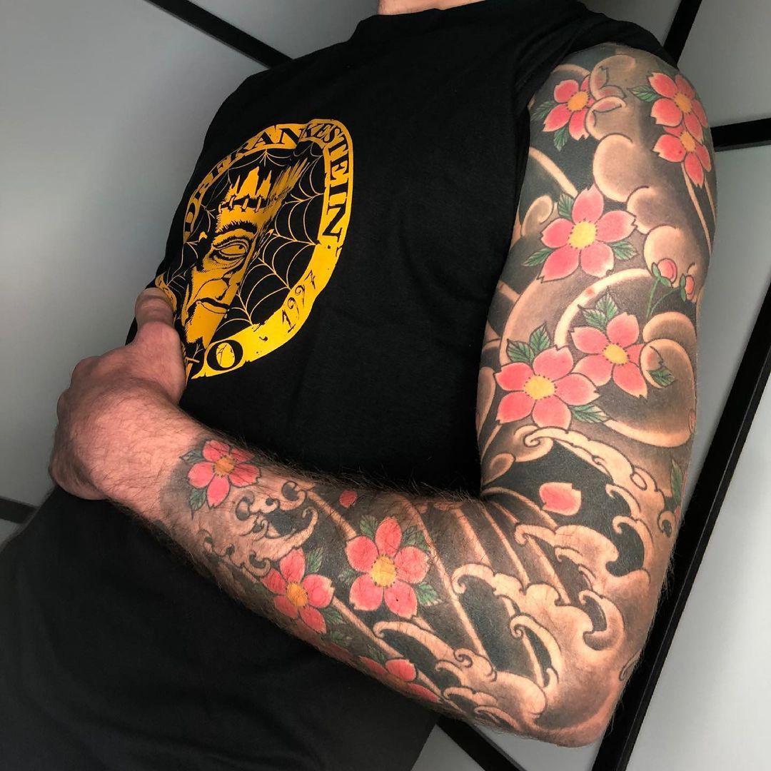 japanese-tattoo-flower-sleeve