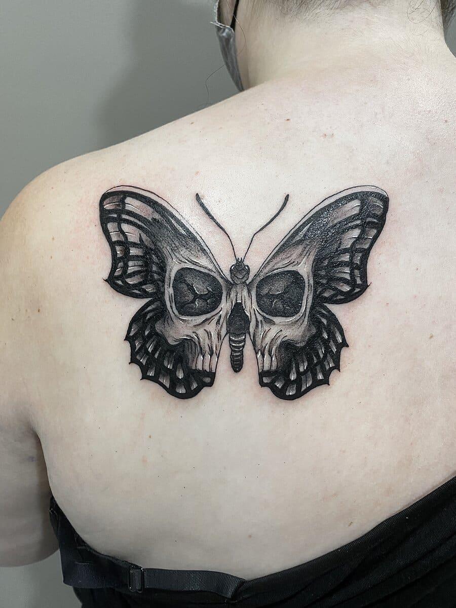 jordan-smith-tattoo-artist-butterfly-skull