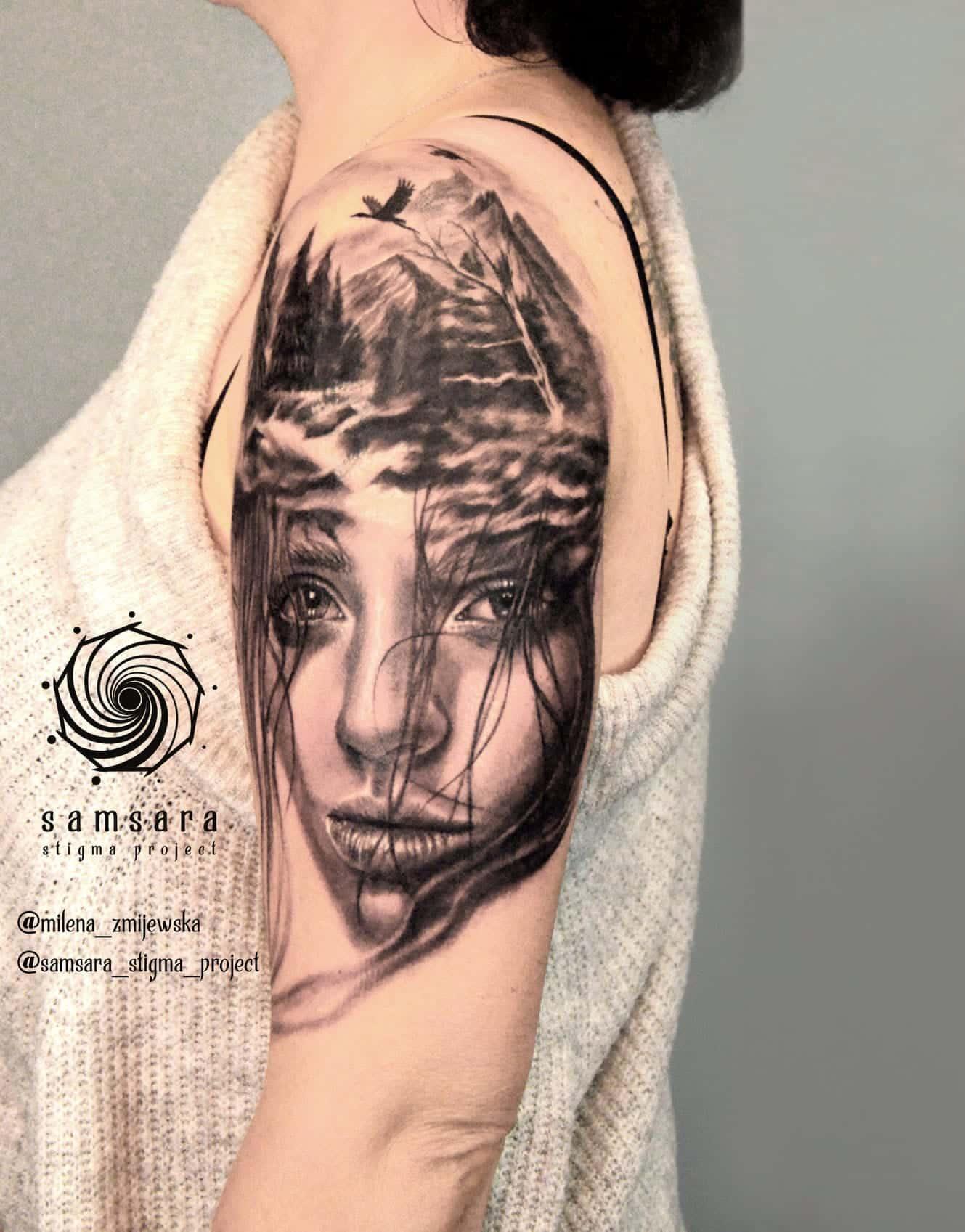 milena-zmijewska-tattoo-artist-woman-river-shoulder