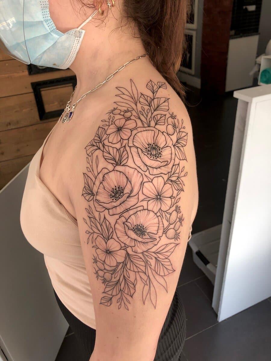 jas-brett-cardiff-tattoo-artist-flowers-shoulder