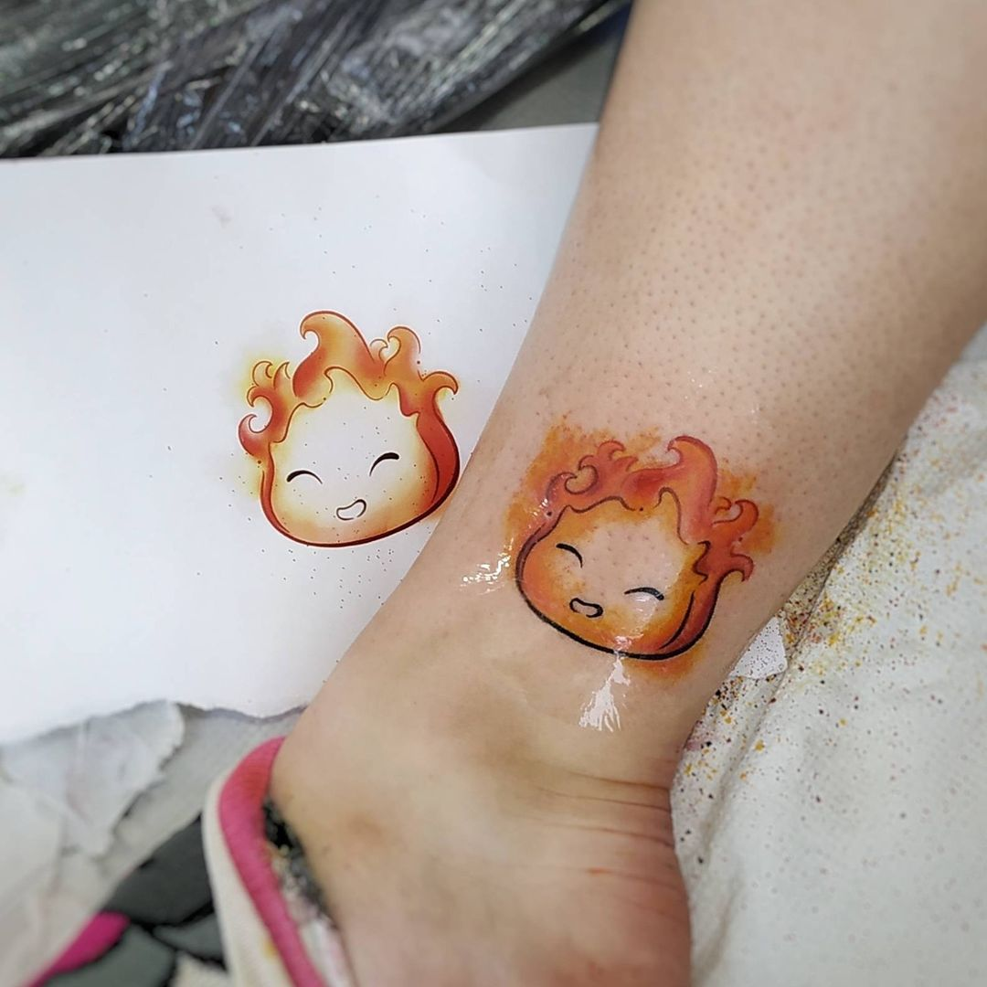 naomi-hoang-tattoo-artist-cardiff-flame
