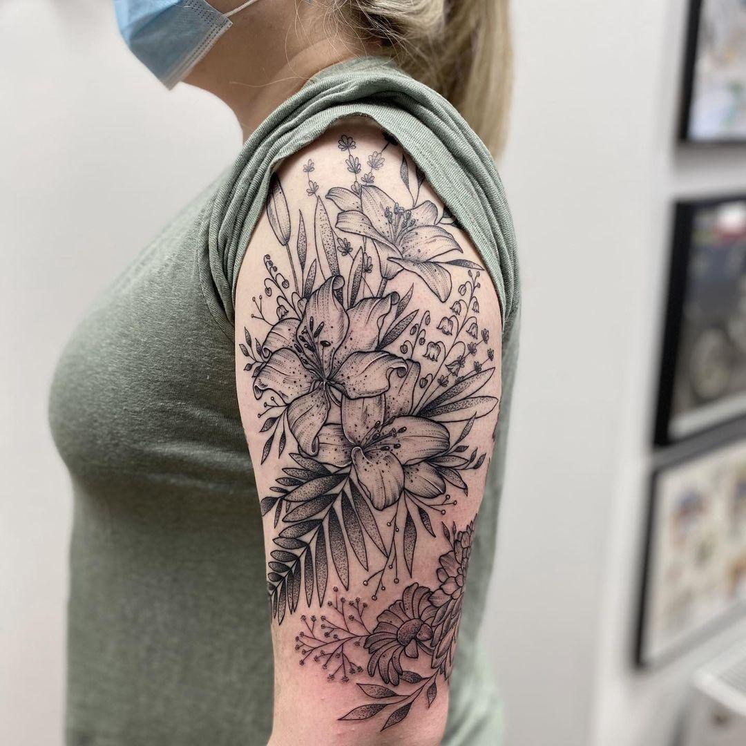 tasha-pollendine-cardiff-tattoo-artist-botanical