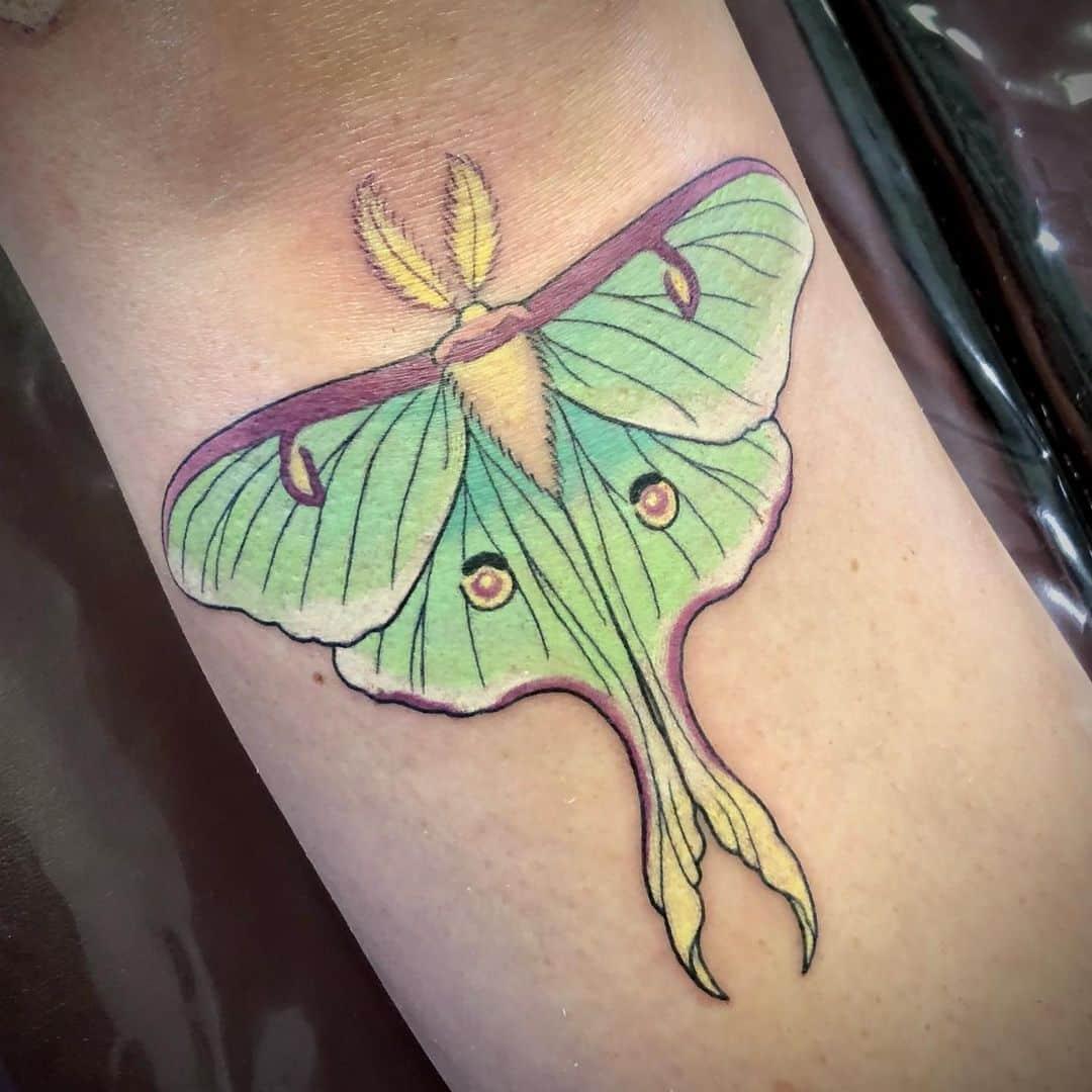 luna-moth-color-tattoo-kitty-lightning