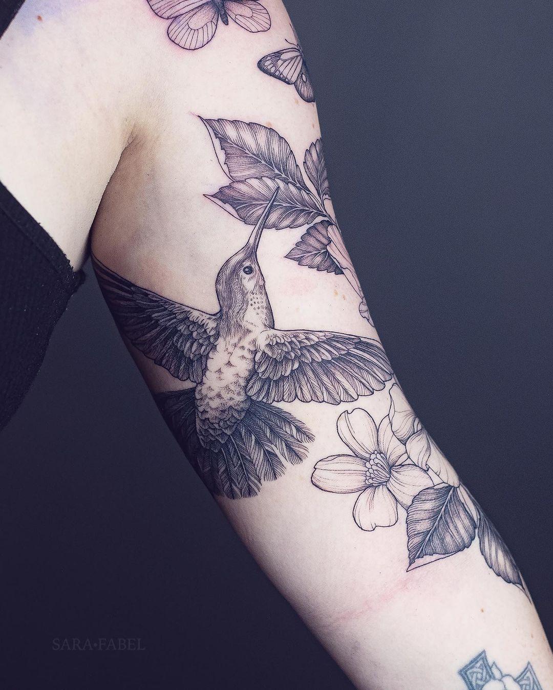 sara fabel tattoo artist hummingbird